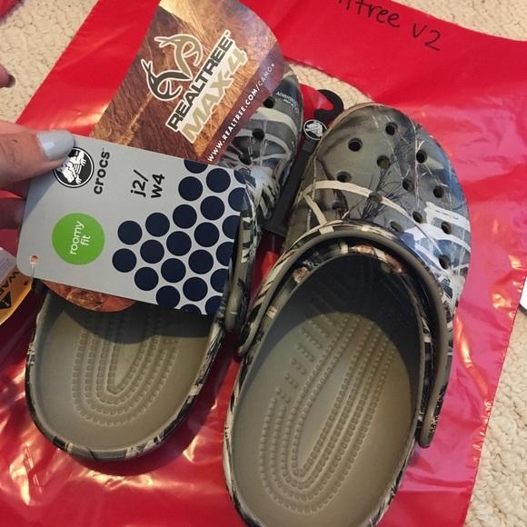 183f5f9a15dd4 CROCS Shoes | Classic Realtree V2 | Poshmark